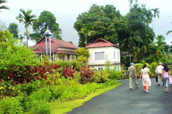 cleanest-village-in-asia-meghalaya-mawlynnong-known-as-god-garden-Asia Ka Sabse Saaf Gaanv